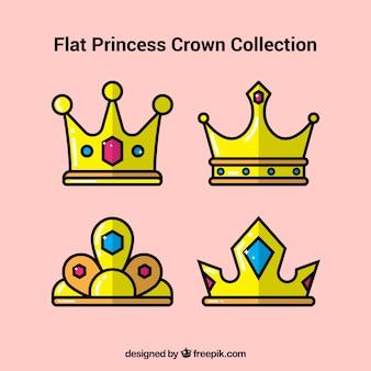 Kolekcja czterech koronek księżniczki w płaskim stylu