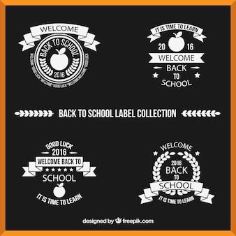 Kolekcja etykiet w czerni i bieli na powrót do szkoły
