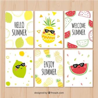 Kolekcja kart lato z zabawnymi owocami