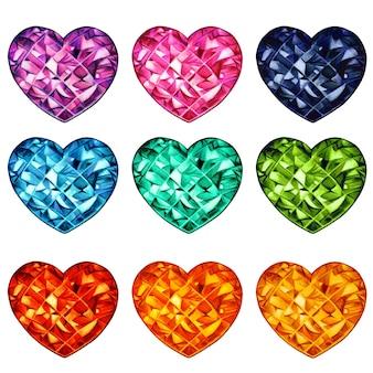 Kolekcja kolorowych kryształowych kamieni w kształcie serca