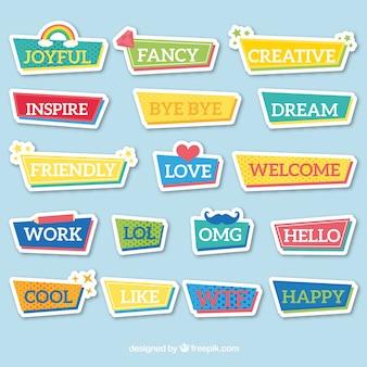 Kolekcja kolorowych naklejek ze słowami