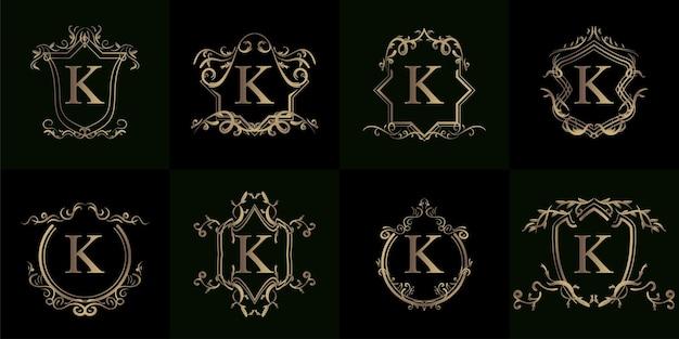 Kolekcja logo inicjału k z luksusowym ornamentem lub ramką kwiatową