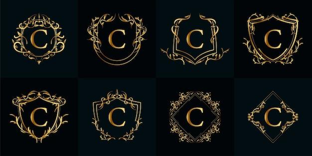 Kolekcja logo początkowego c z luksusowym ornamentem lub ramką kwiatową