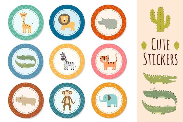 Kolekcja naklejek ze słodkimi zwierzętami safari.