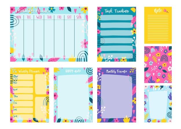 Kolekcja notatek i kart w notatniku