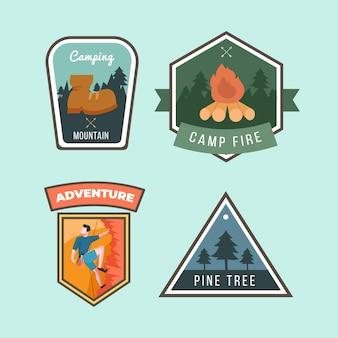 Kolekcja odznak kempingowych i przygodowych w stylu vintage