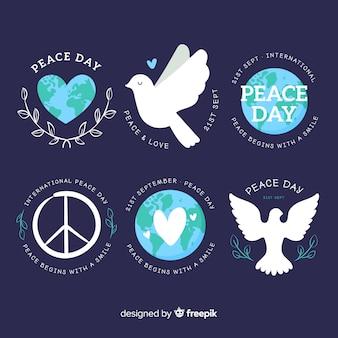 Kolekcja ręcznie rysowane etykiety dzień pokoju