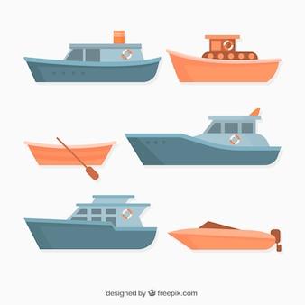 Kolekcja różnych łodzi w płaskim stylu