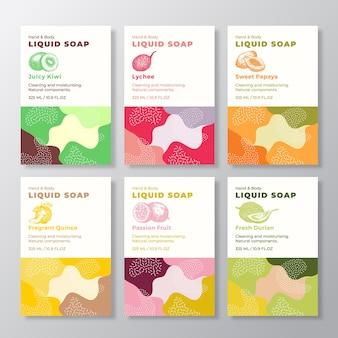 Kolekcja szablonów etykiet mydła w płynie abstrakcyjne kształty moro tło wektor obejmuje zestaw kosmetyków p...