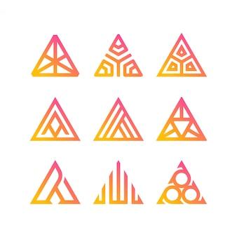 Kolekcja trójkątnych logo