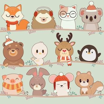 Kolekcja zwierząt z gałęzią drzewa. postać ślicznego lisa jeża kota koali niedźwiedzia ptaka jelenia pingwinu świni królika myszy wiewiórki w płaskim stylu wektor.
