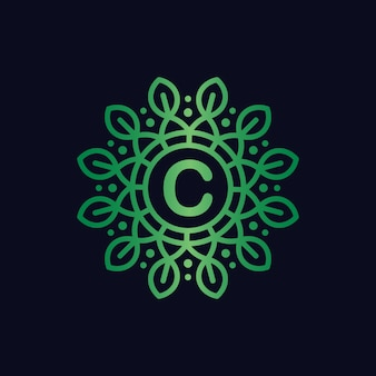 Koło początkowe litera c logo