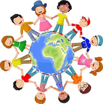 Koło szczęśliwych dzieci różnych ras