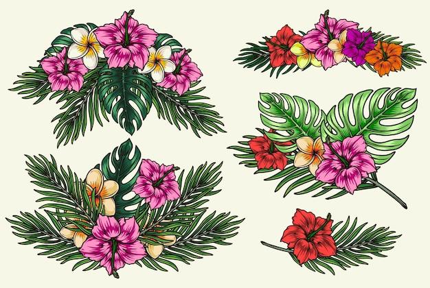 Kolorowa tropikalna kompozycja kwiatowa w stylu vintage z kwitnącymi kwiatami plumerii i hibiskusa, palmami i liśćmi monstery