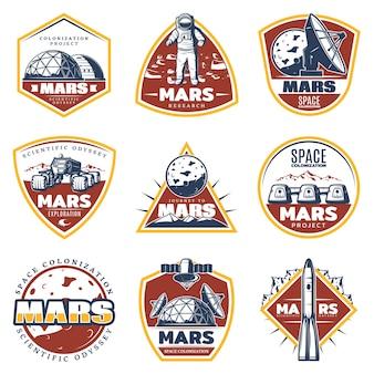 Kolorowe etykiety vintage kosmiczne z napisami eksploracja marsa