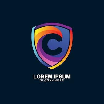 Kolorowe logo litera c i tarcza