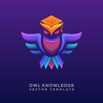 Kolorowe logo lub logotyp wiedzy sowa