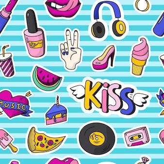 Kolorowe odznaki moda wzór bez szwu w stylu pin up z różnymi kształtami i narzędziami