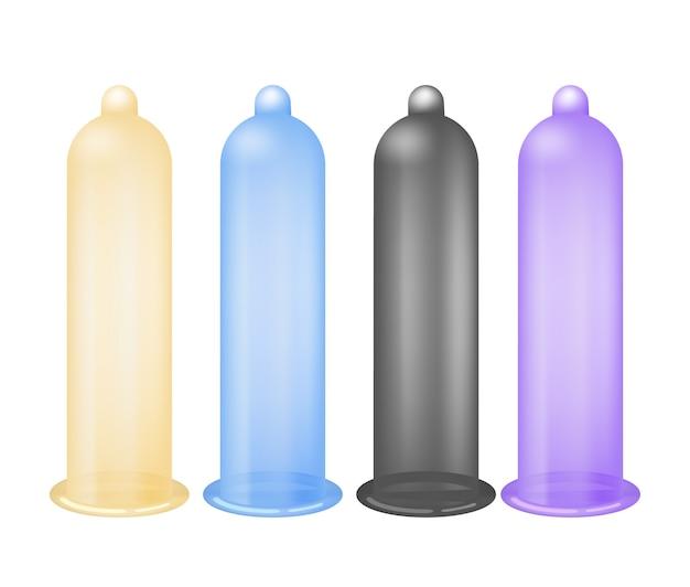 Kolorowe prezerwatywy lateksowe na białym tle
