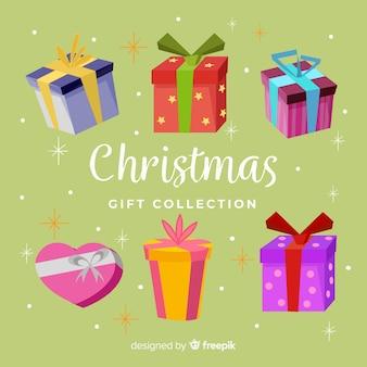 Kolorowe pudełko na prezent świąteczny