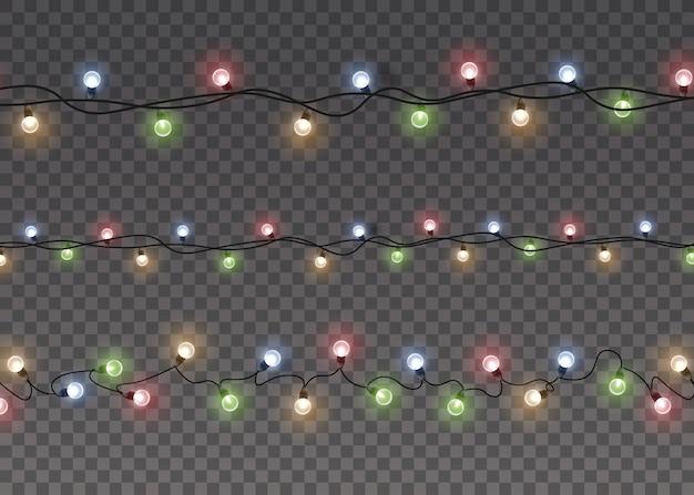 Kolorowe świecące światło lampy na sznurkach drutu na białym tle przezroczyste tło. ozdoby wianek. światła na białym tle realistyczne elementy projektu.