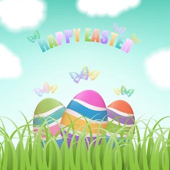 Kolorowi Wielkanocni jajka chuje w zielonej trawie