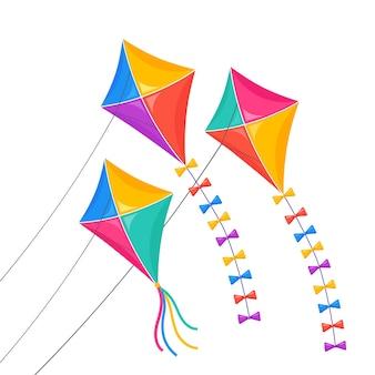 Kolorowy latawiec leci w niebo na białym tle. urlop letni, wiosenny, zabawka dla dziecka.