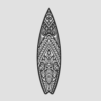 Kolorowy nadruk surfingowy z ornamentem na desce surfingowej. ilustracja wektorowa deski do projektowania na hawajach