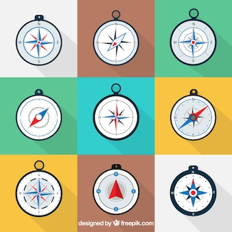 Kompas ustawiony w stylu płaskiej