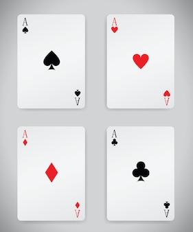 Komplet kart do gry na białym tle.
