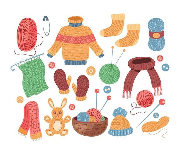 Komplet odzieży wełnianej ręcznie robionej na drutach