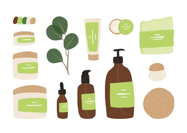 Kompozycja z liśćmi i naturalnymi organicznymi produktami kosmetycznymi i