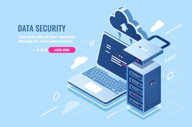 Koncepcja bezpieczeństwa danych internetowych, laptop z szafą serwerową i zegarem, dane dotyczące ochrony i szyfrowania