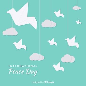 Koncepcja dzień pokoju z gołąb origami