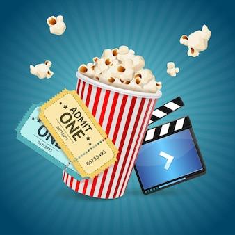 Koncepcja kina. szablon plakatu z klapsą filmową, popcornem, biletami.