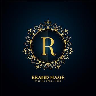 Koncepcja logo litery r ze złotymi kwiatami