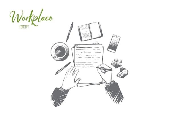 Koncepcja miejsca pracy. ręcznie rysowane widok z góry osoby piszącej w notatniku umieszczonym na stole. pulpit z filiżanką kawy, smartfonem i innymi materiałami na białym tle ilustracji.