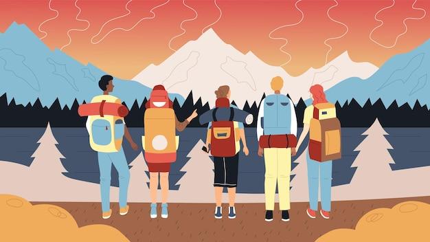 Koncepcja pieszych wędrówek i kempingów. grupa turystów z plecakami i sprzętem turystycznym. postacie męskie i żeńskie stoją w rzędzie, podziwiając krajobraz gór. ilustracja wektorowa płaski kreskówka.