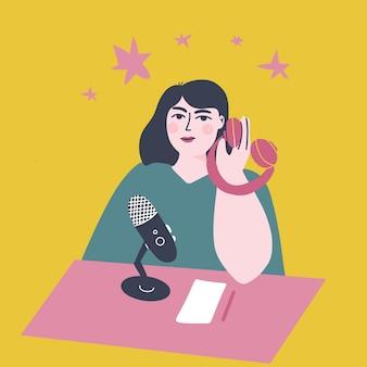 Koncepcja podcastuludzie słuchający dźwięku w słuchawkach, podcaster mówiący do mikrofonu