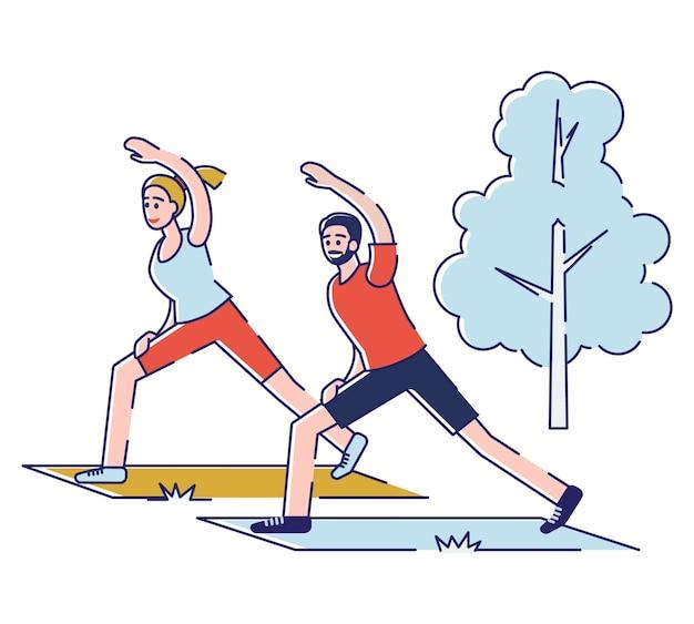 Koncepcja spędzania wolnego czasu na świeżym powietrzu. szczęśliwi ludzie prowadzą zdrowy tryb życia.