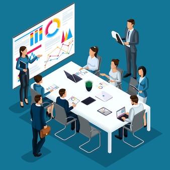 Koncepcja szkolenia, szkolenia, coachingu, trener pokazuje na ekranie proces w postaci wykresów i diagramów