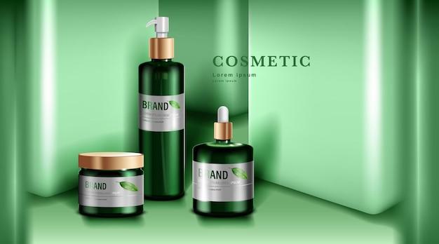 Kosmetyki lub produkty do pielęgnacji skóry. zielona butelka i zielone tło ściany.