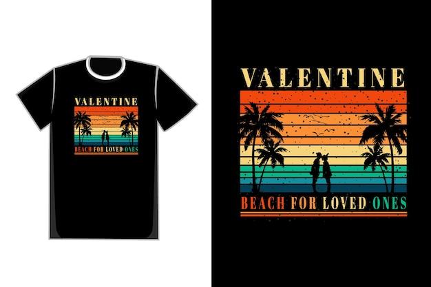 Koszulka Romantyczna Para Na Plaży Tytułowa Walentynkowa Plaża Dla Bliskich Premium Wektorów