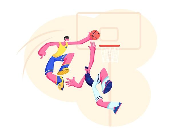 Koszykarze w akcji. człowiek atakujący wkładanie piłki do kosza, zapobieganie obrońcy. zespół sportowy prezentujący na zawodowym turnieju