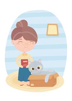 Koty sprawiają, że jestem szczęśliwa, stara kobieta z jedzeniem i kotem w pudełku
