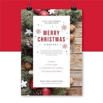 Kreatywny szablon plakatu świątecznego ze zdjęciem