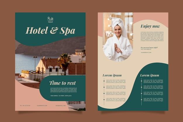 Kreatywny szablon ulotki informacyjnej hotelu ze zdjęciem