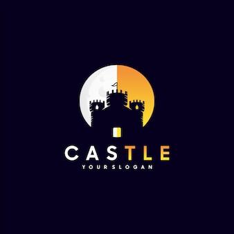 Kreatywny zamek, inspiracja logo fortecy wektor premium