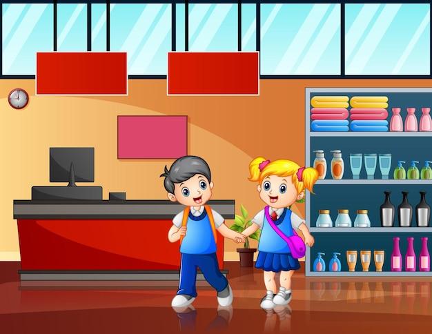 Kreskówka dzieci w wieku szkolnym na ilustracji w supermarkecie