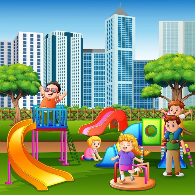 Kreskówka dzieci zabawy razem na placu zabaw